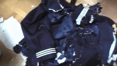 セーラー服を粉砕!制服がシュレッダーで切り刻まれて繊維クズになる